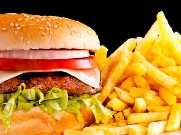 origem-do-hamburguer-tricurioso