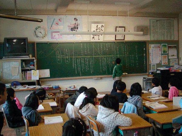 suicidio-japao-volta-as-aulas-3