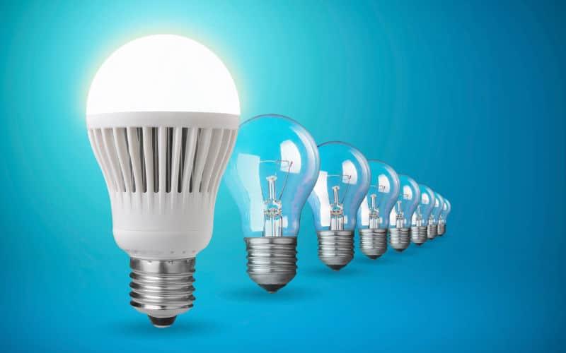Resultado de imagem para lampadas que gastam menos