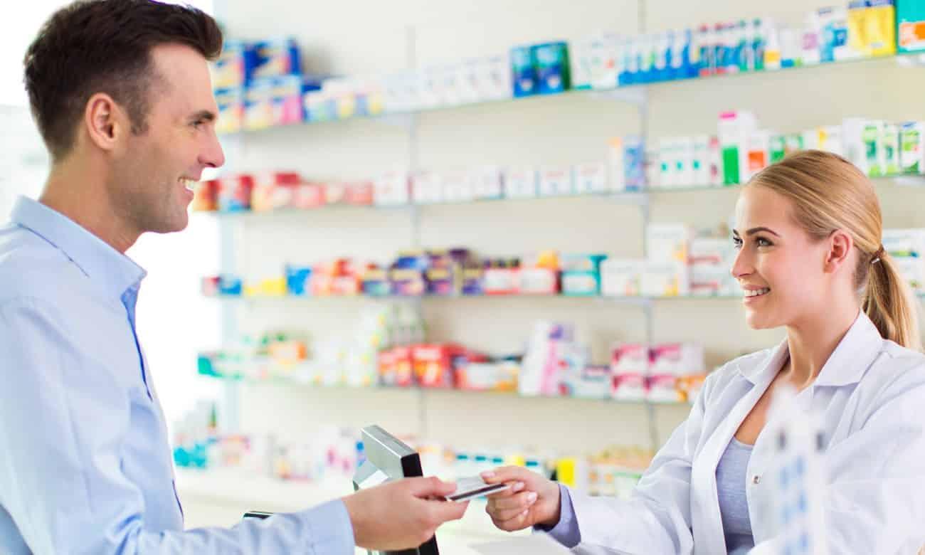 Como surgiram as farmácias?