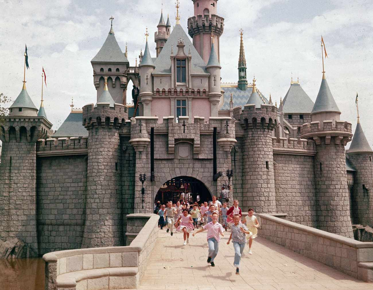 Conheça Dave MacPherson, o homem que visita a Disney sem pagar