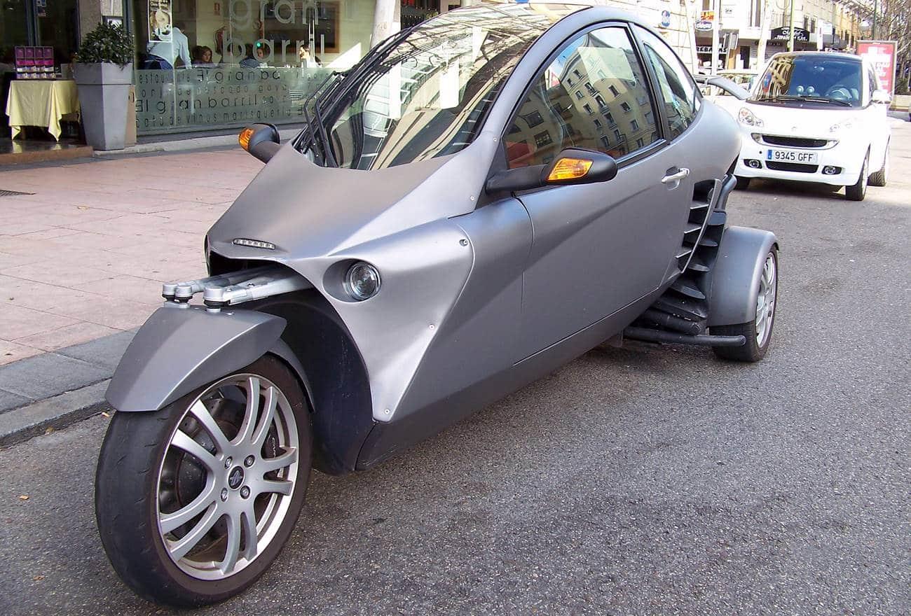 Carro de três rodas
