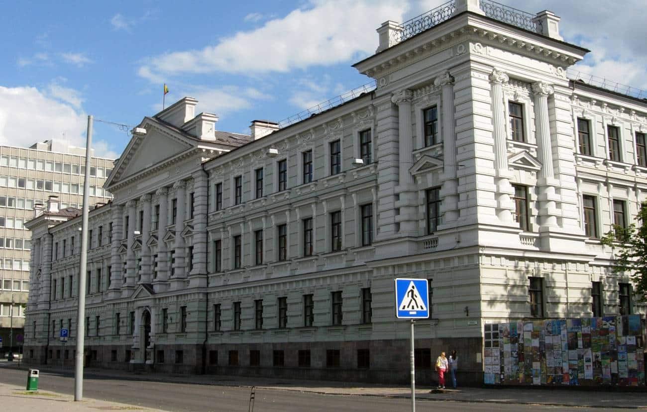 Antigo edifício da KGB na Lituânia.