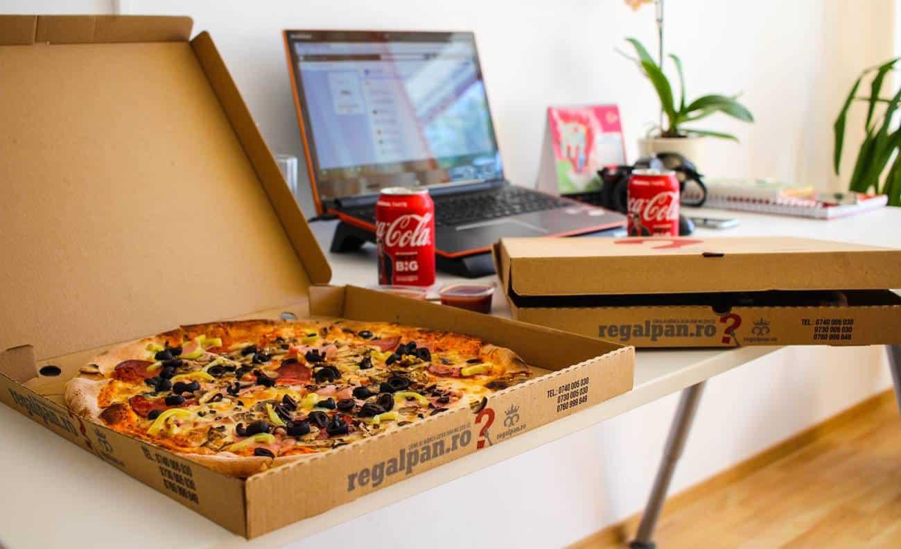 Caixa de pizza aberta