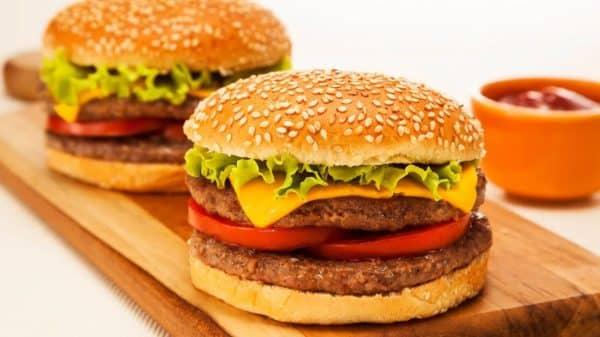 Conheça As Melhores Curiosidades Sobre O Hambúrguer